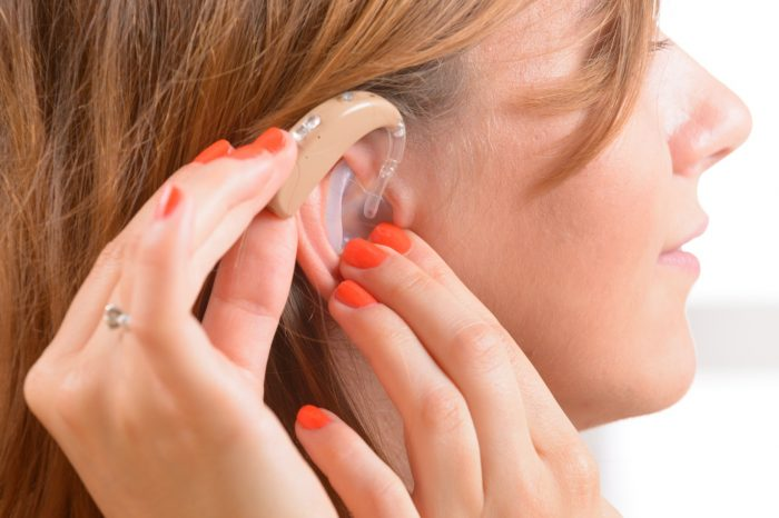 What You Need to Know About Choosing Hearing Aids